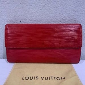 LOUIS VUITTON Red Epi Sarah Wallet